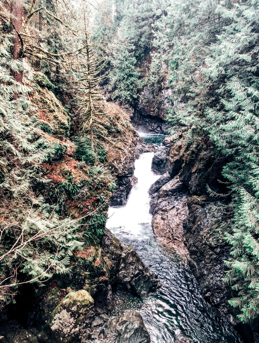 A nice view of the Snoqualmie River along the Twin Falls Trail in Olallie State Park, Washington